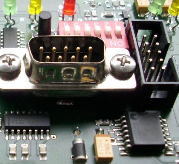 Hybridní montáž SMD + THT