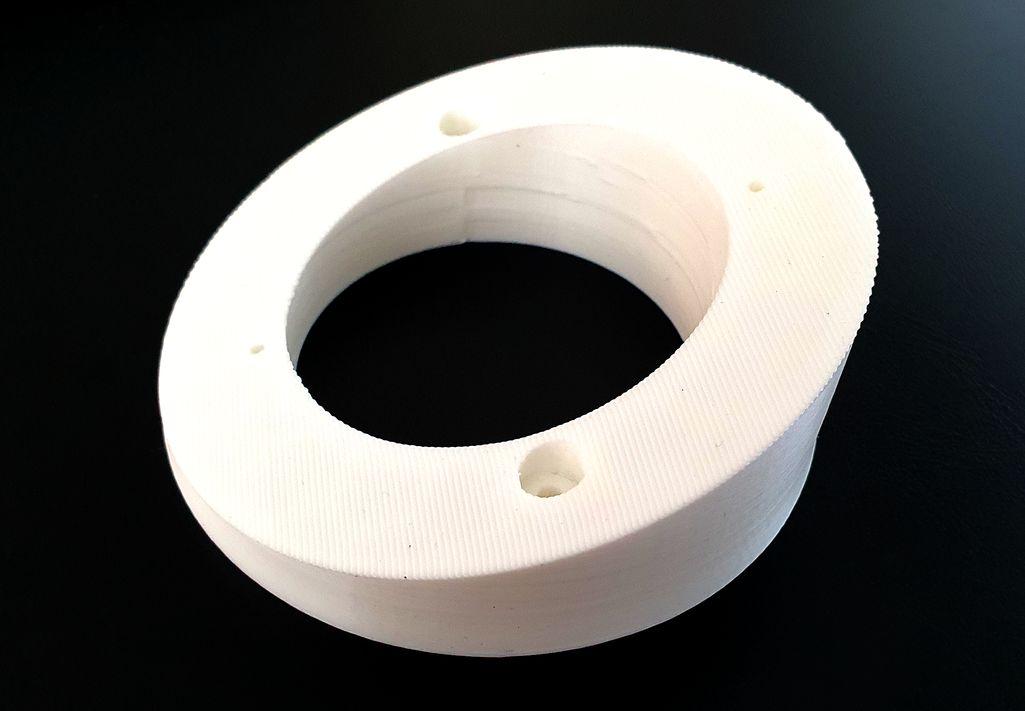 18° redukce pro stěnovou montáž čidla přítomnosti / 18 degree reduction ring for wall sensor
